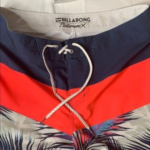 """BILLABONG"" men's board shorts"